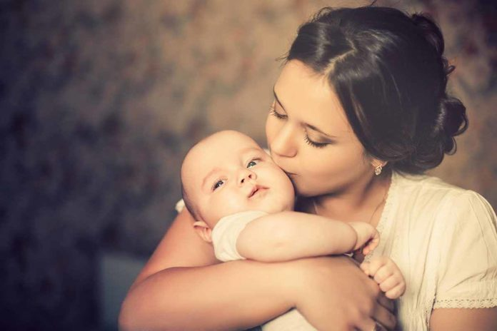 mother_loves_her_baby