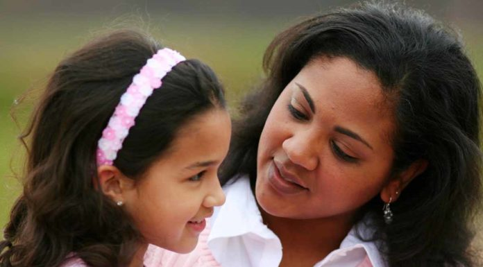 mother_listen_to_child