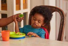 child_eating